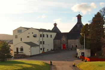 Cardu distillery